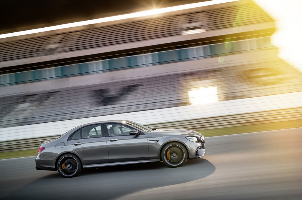 Новые Mercedes-AMG E 63 4MATIC+ и E 63 S 4MATIC+